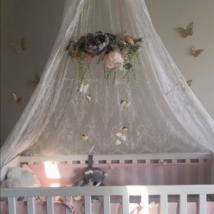 Floral mobiles for cribs